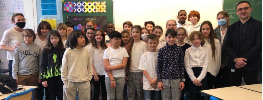 Les CM2 du lycée français préparent le « Permis Internet »